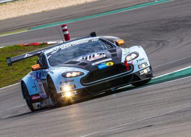 Aston Martin V12 Vantage GT3 Wallpapers