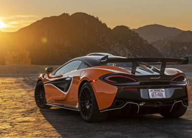 McLaren 620R – Final car just landed in the USA