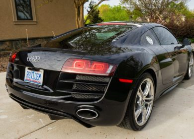 2010 Audi R8 V10 6-Speed with 33k miles up for auction