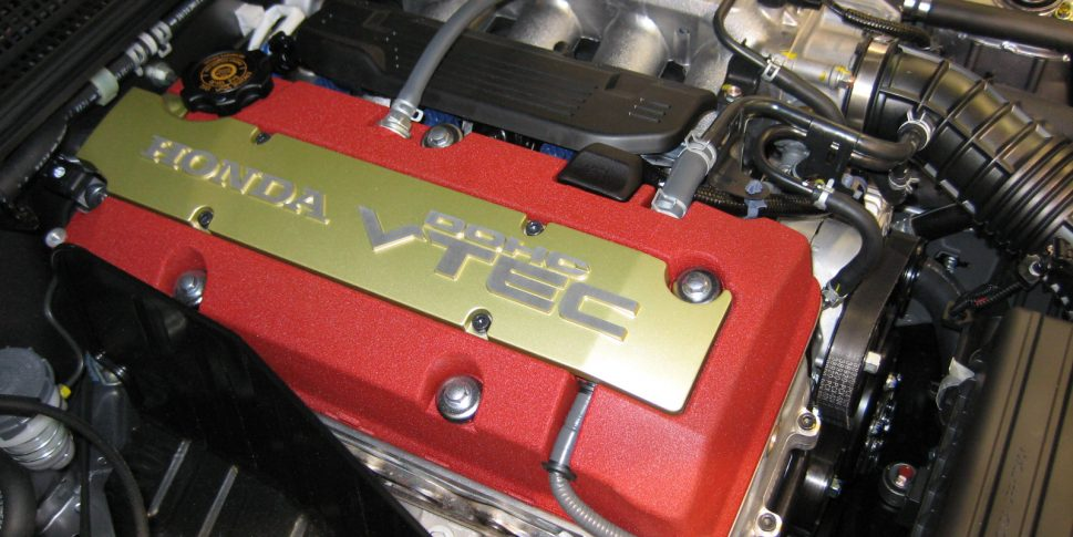 Top 10 Four-Cylinder Engines