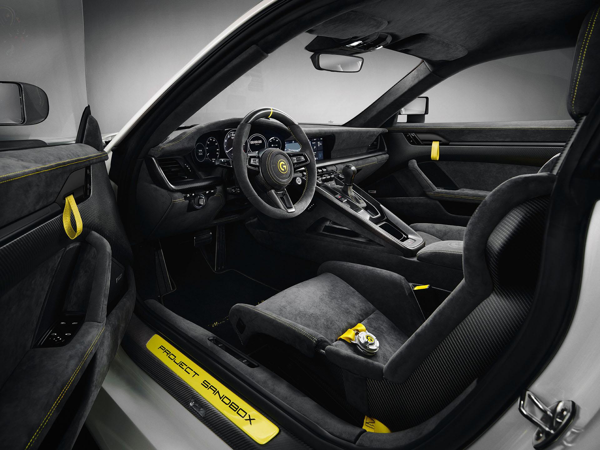 Porsche 959 homage interior